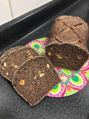 Pan relleno de frutos secos de Carolina Shand Scholz